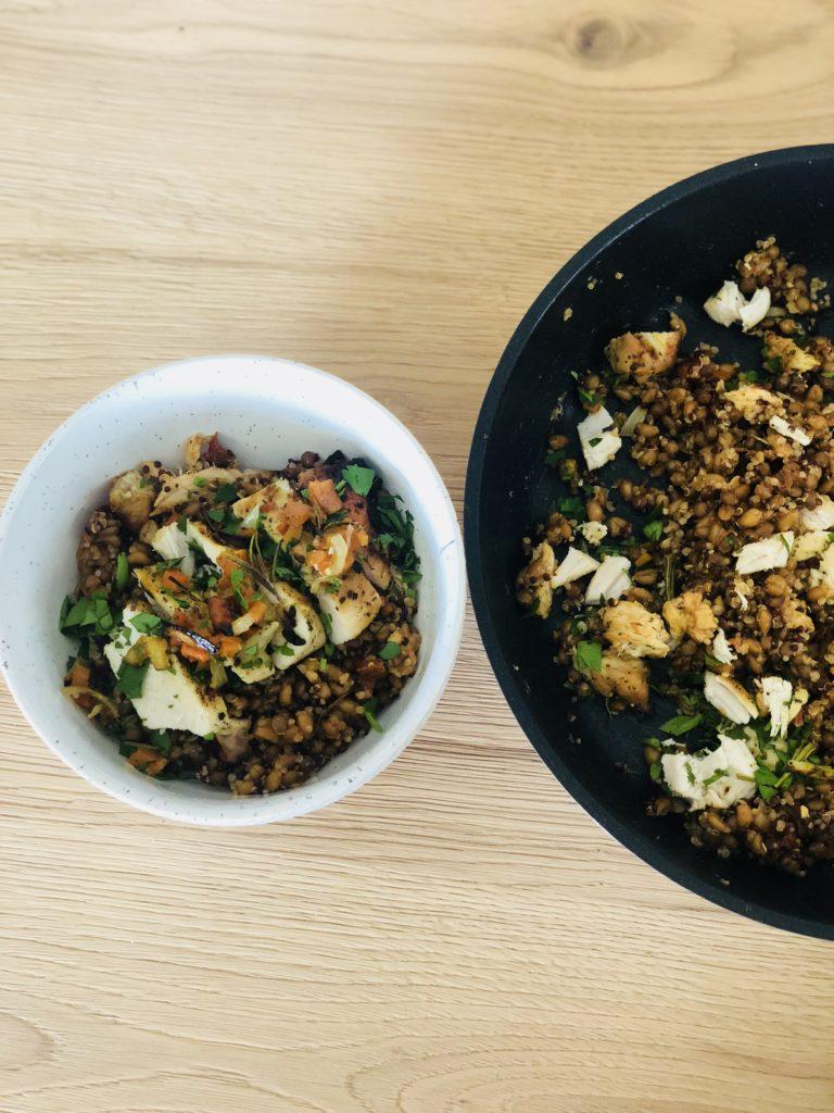 Ricette Con Quinoa Pollo E Verdure.Super Bowl Con Pollo Legumi E Quinoa Ricetta Senza Lattosio Paccheri A Merenda
