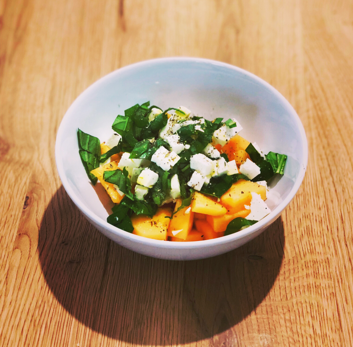 Ricetta Insalata Vegetariana.Insalata Di Melone Feta E Basilico Ricetta Vegetariana E Gluten Free Paccheri A Merenda